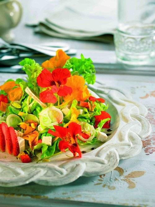 ensaladaflores1.jpg