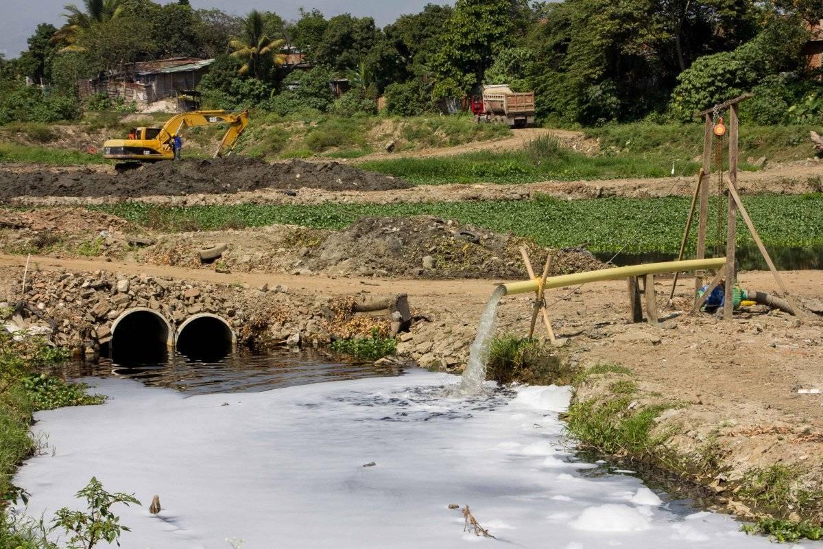 Así avanza la recuperación de la laguna El Pondaje, que había sido afectada por asentamientos humanos ilegales. Foto: Hroy Chávez
