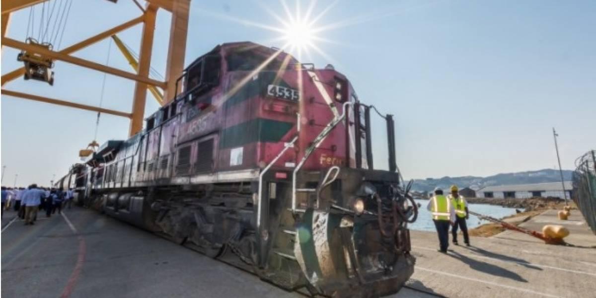 Después de 20 años, tren en Oaxaca opera nuevamente
