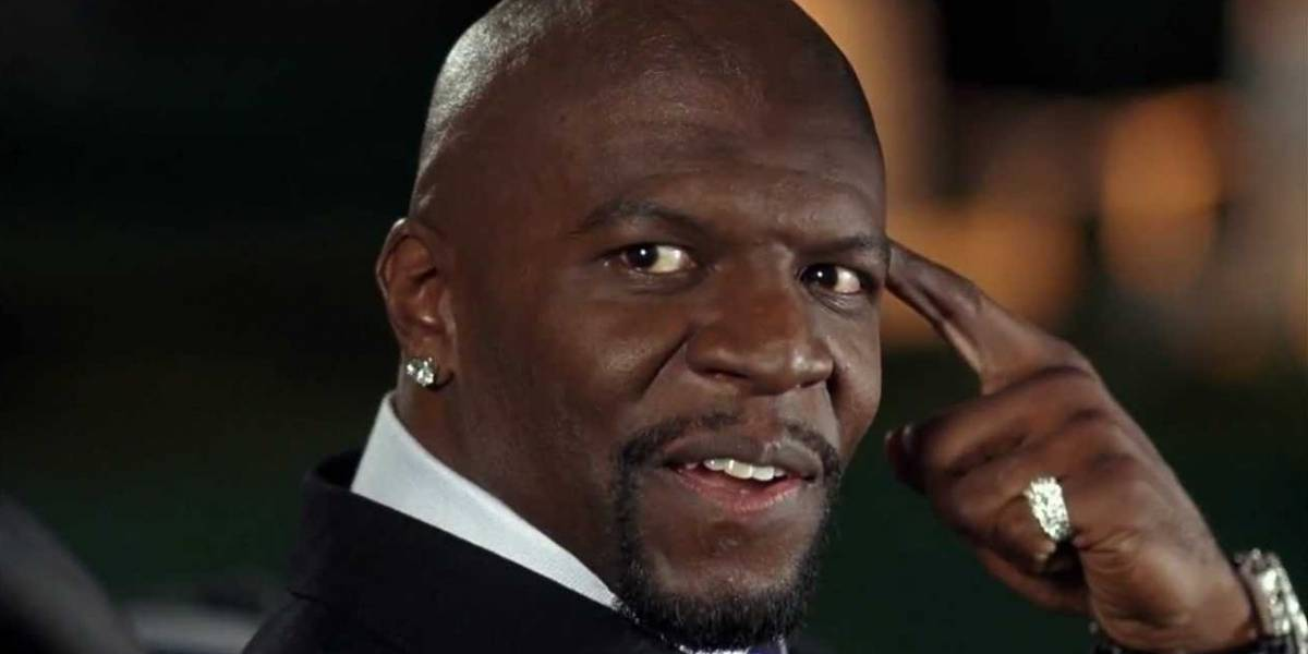 Terry Crews mostra como lavar as mãos ao som de 'I Will Survive'