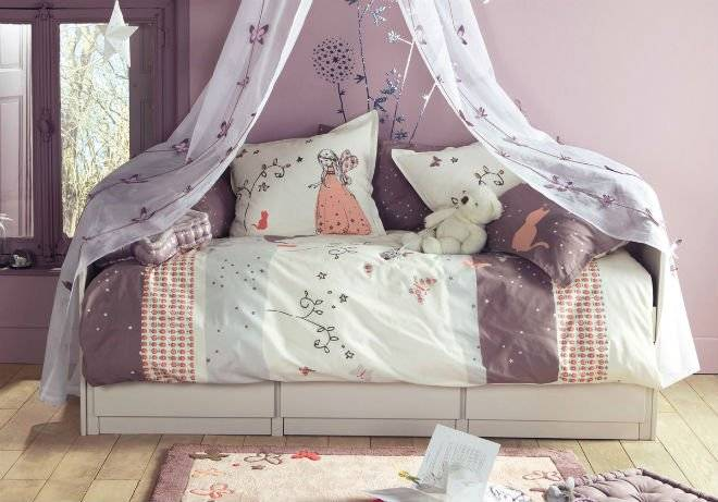 wonderfullavenderchildrenbedroomdesignforgirlschildrenroomdesignideasfromvertbaudet.jpg