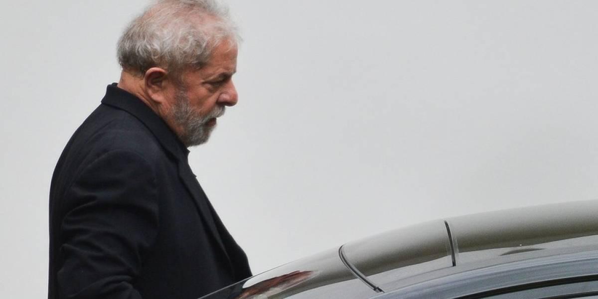 STF nega recurso de Lula para suspender prisão