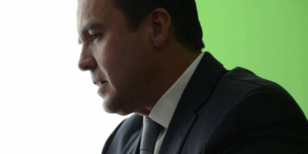 Exministro Alejandro Sinibaldi es declarado en rebeldía