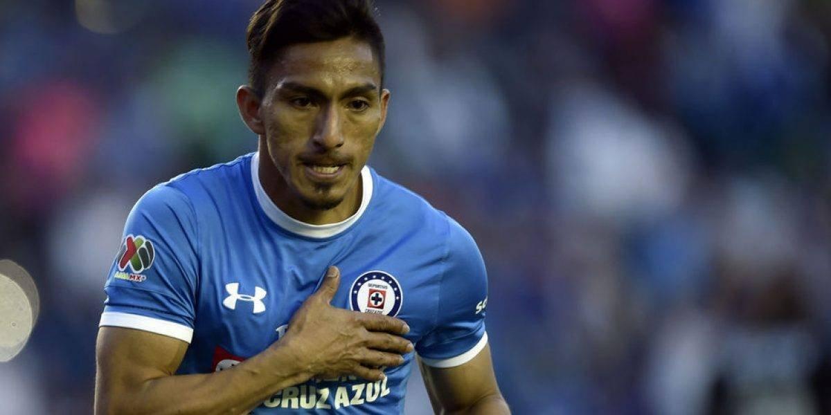 Ángel Mena: director técnico del Cruz Azul disconforme con el desempeño del jugador