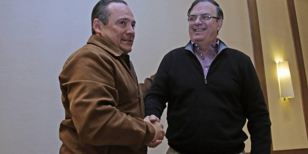 #Política Confidencial: Alberto Uribe va con AMLO