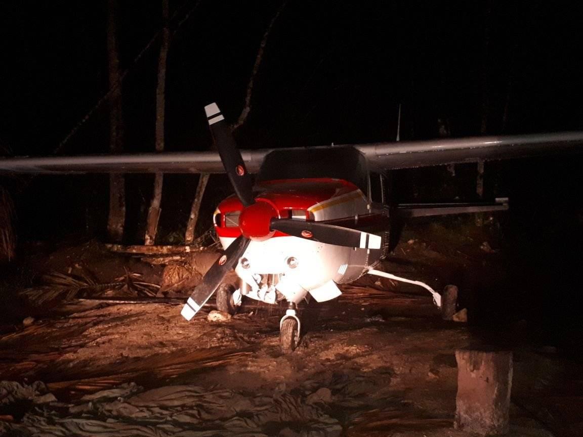 Una avioneta con droga había aterrizado antes de la captura. PNC