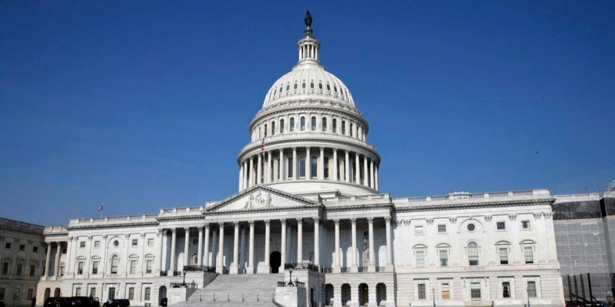 Congresistas llegan a acuerdo y evitan paralización del gobierno de Estados Unidos