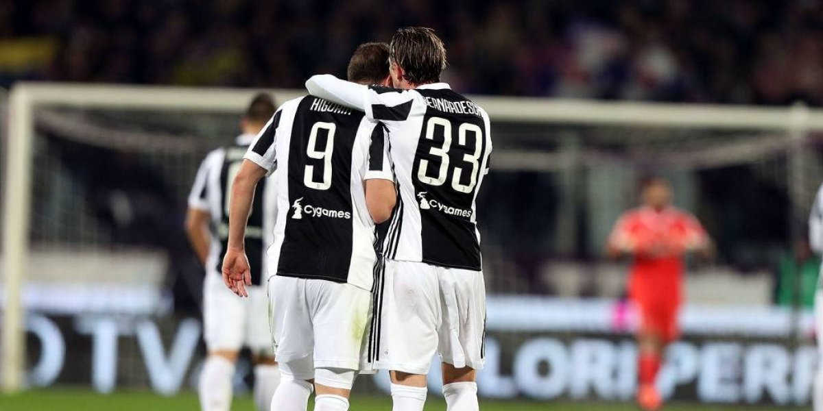 Juventus venció a Fiorentina y le mete presión a Napoli en la cima de la Serie A