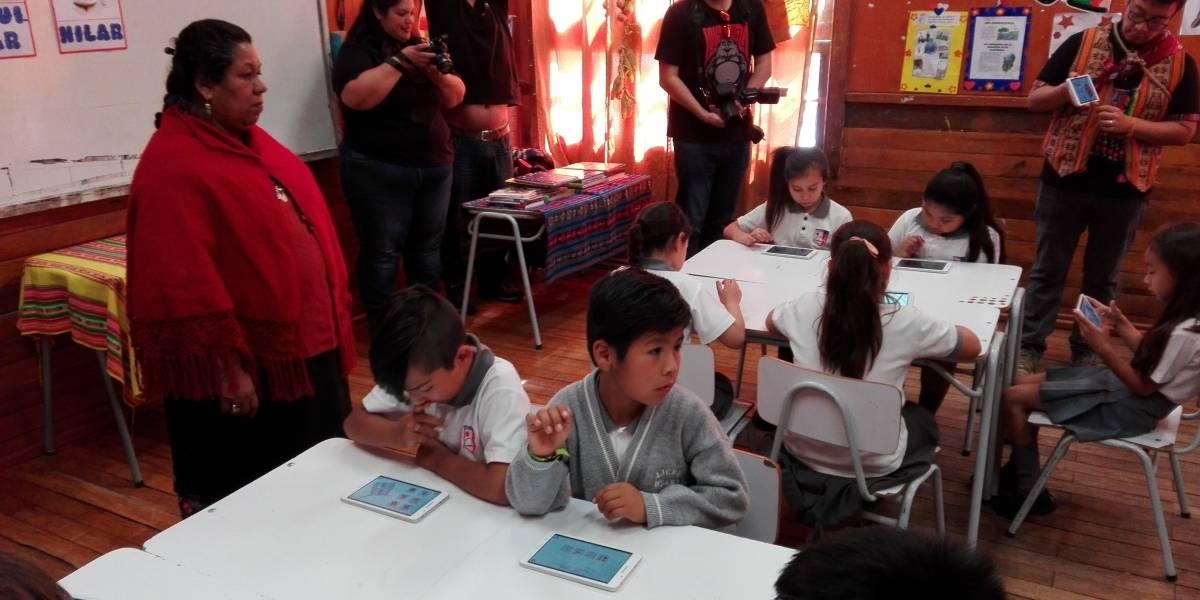 A través de tablets más de 250 estudiantes de Tarapacá recibieron clases de aymara