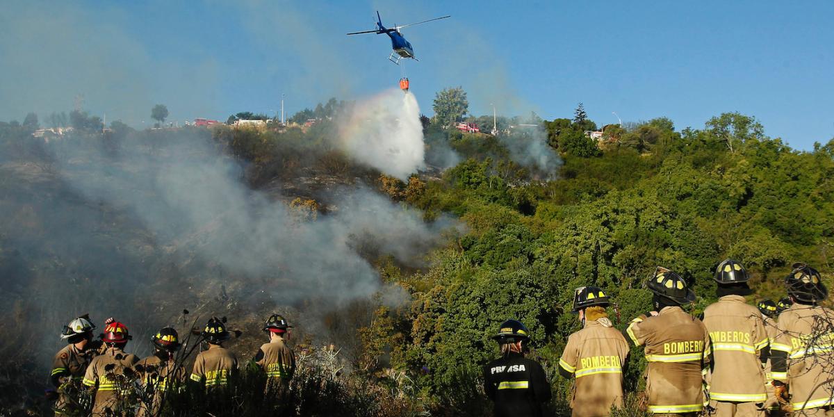 Incendios consumen mil hectáreas en Valparaíso, Chile
