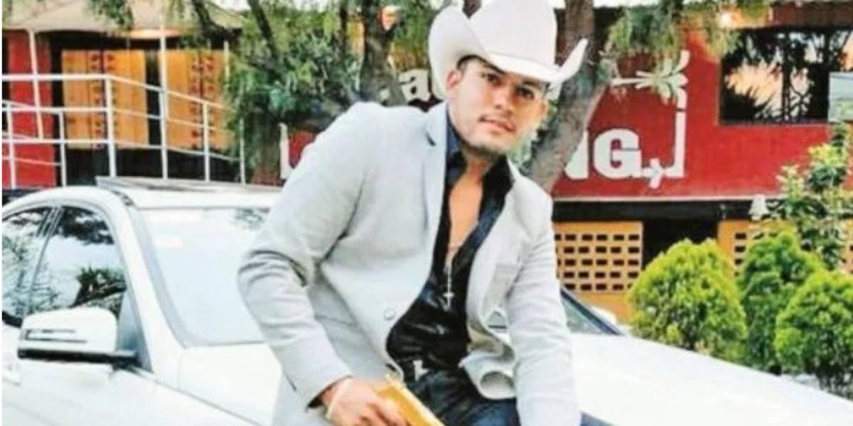 """Asesinan a tiros al """"Principe del corrido"""" en México"""