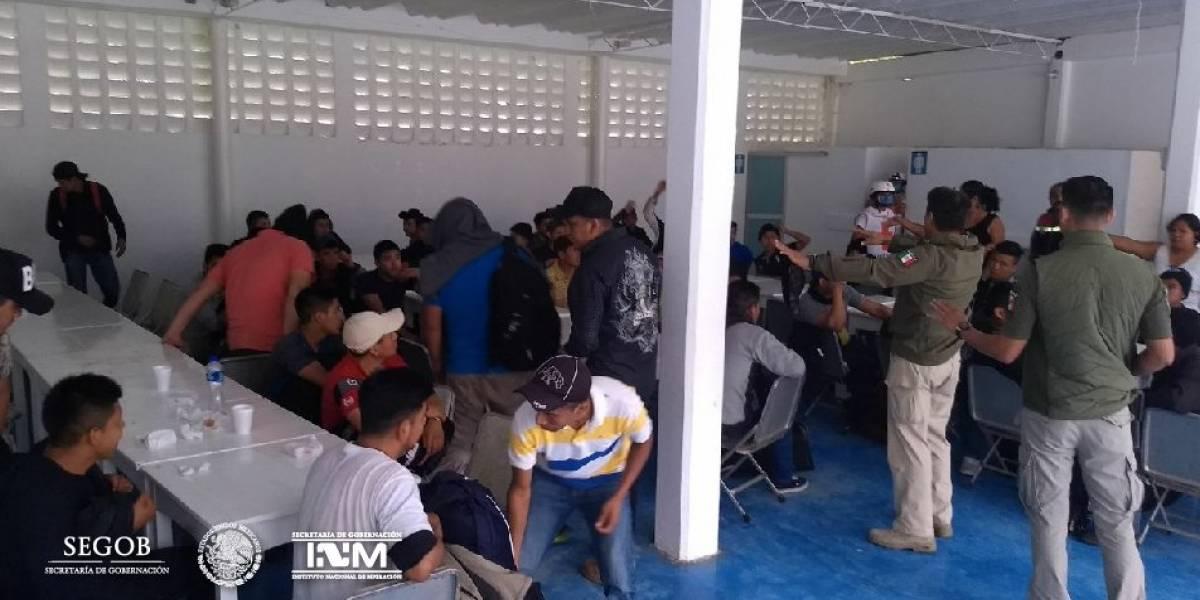Autoridades federales rescatan a 153 migrantes en Jalisco y Veracruz