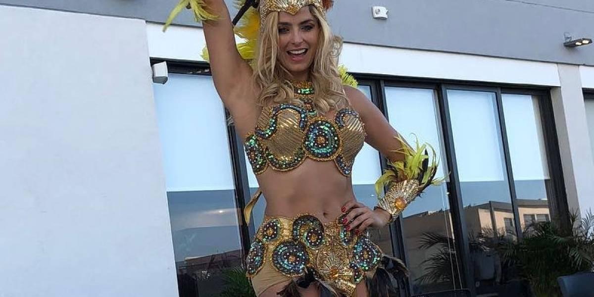 El traje de carnaval de Cristina Hurtado que impacta en redes sociales