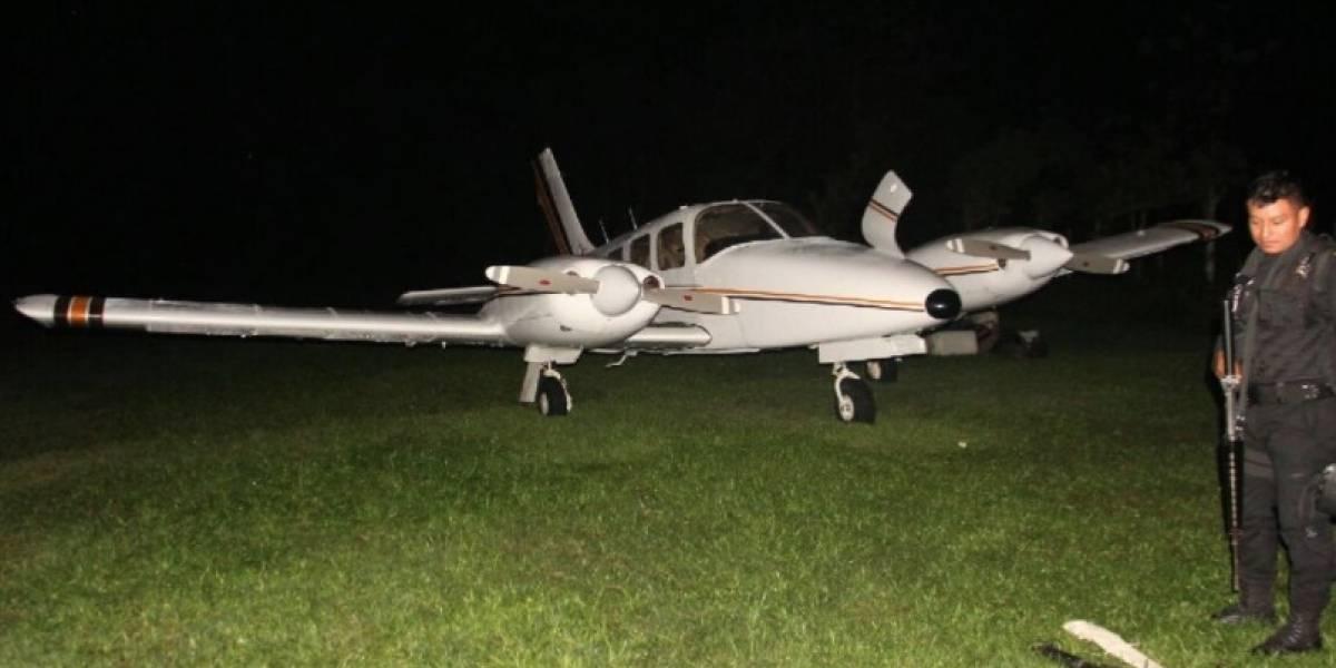 Localizan pista clandestina en Izabal, una avioneta y costales con posible cocaína