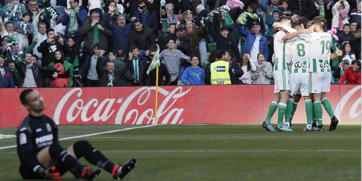 ElVillarreal deja pasar la oportunidad de presionar al Real Madrid