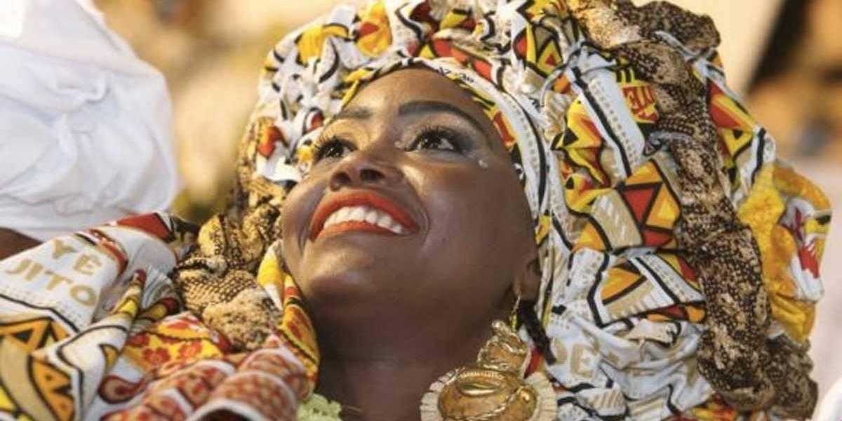 Blocos afro dão toque étnico ao carnaval de Salvador neste sábado