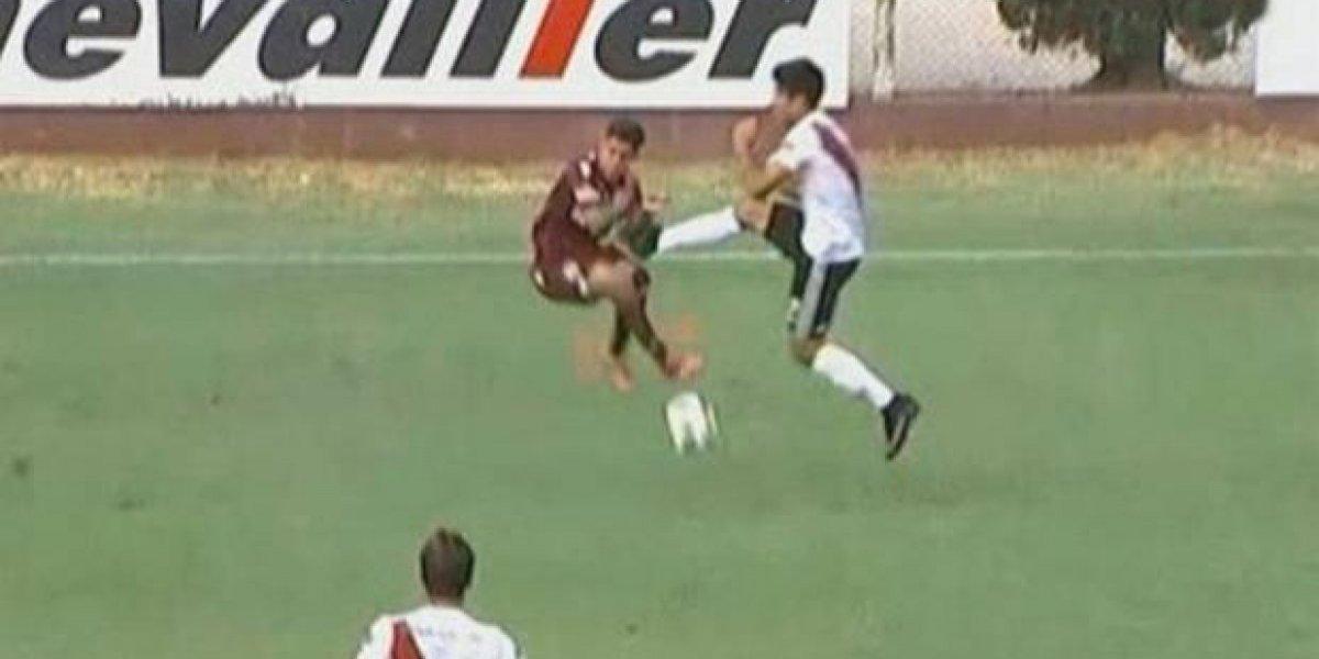 VIDEO: Jugador de River Plate da trementa patada a rival