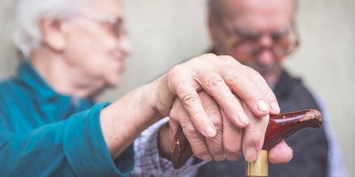 Hombre agrede a su esposa de 86 años en Lajas