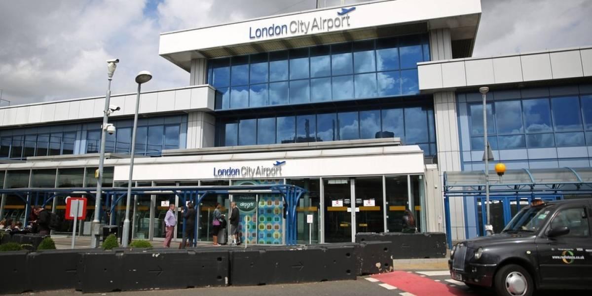 Bomba de la Segunda Guerra Mundial paraliza aeropuerto de Londres