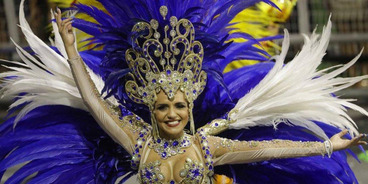 Desenfreno y locura para olvidar los problemas: Brasil se entrega por completo al carnaval