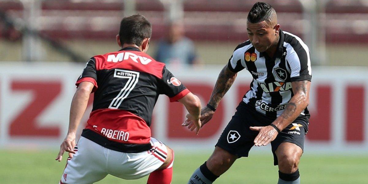 Botafogo no aguantó perder el clásico y Leo Valencia se quedó sin DT