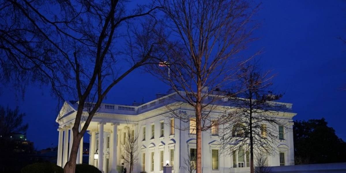 La Casa Blanca cierra filas ante escándalo por acusaciones de violencia doméstica