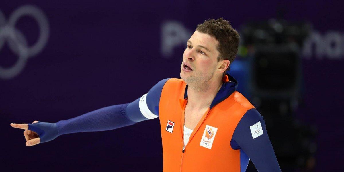 Holandés presume tricampeonato en patinaje de velocidad