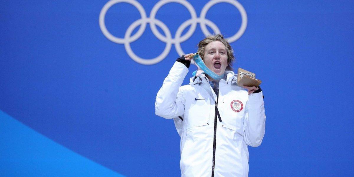 Joven estadounidense obtiene primera medalla de oro para su país
