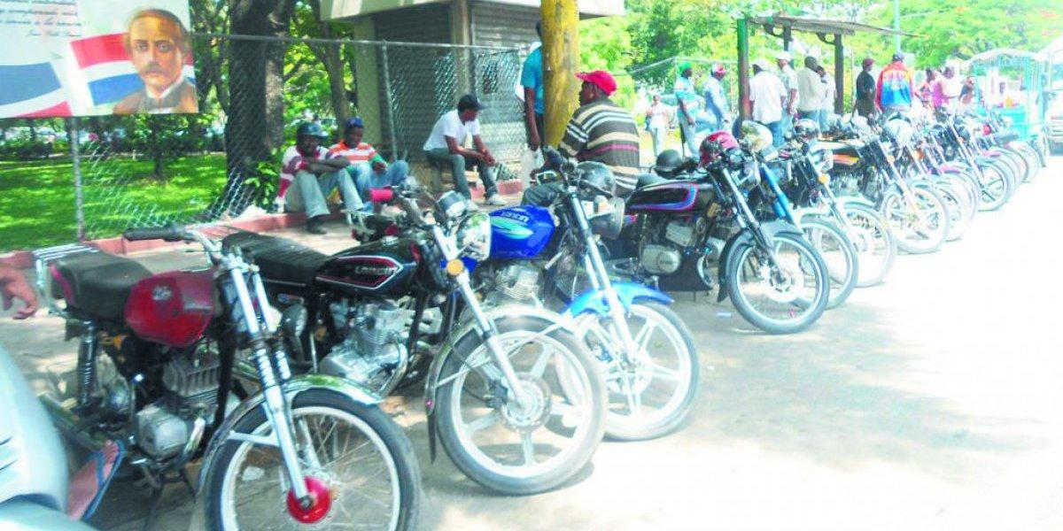 Motores armados por piezas circulan sin placas ni licencias