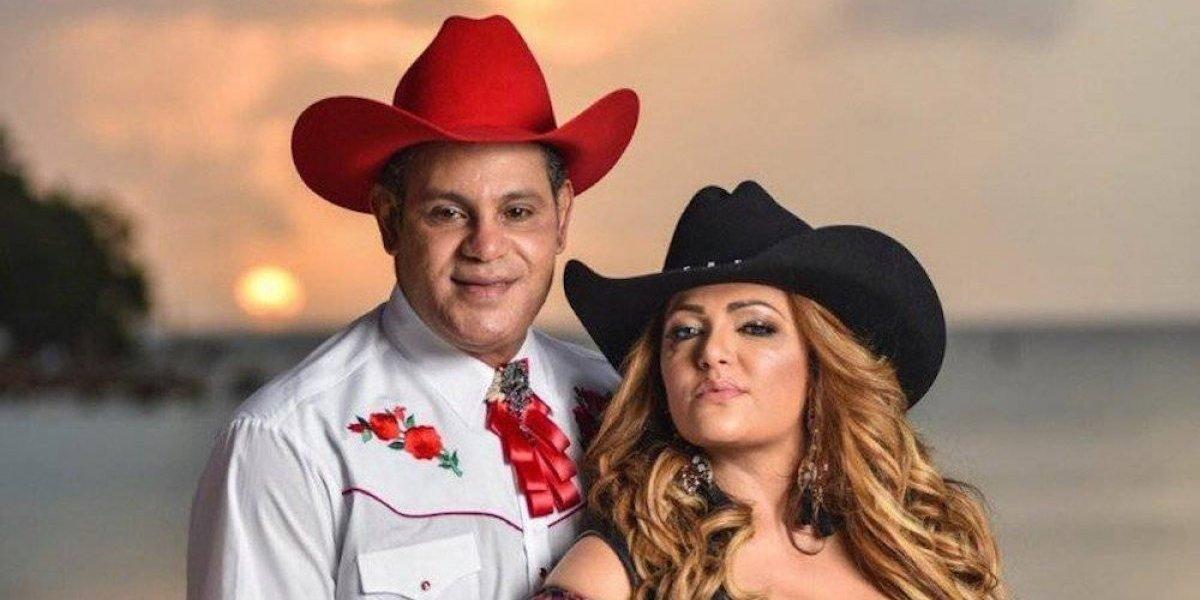 Trollean a Sammy Sosa por foto donde aparece vestido de vaquero