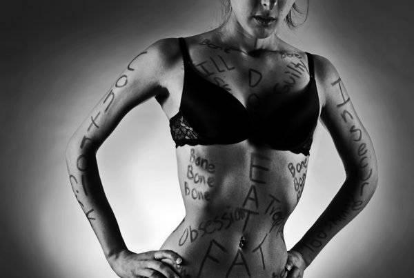 anorexia1600x403.jpg