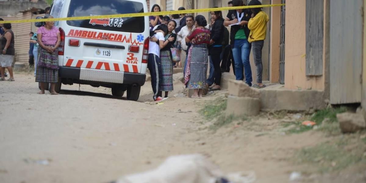 Asesinan a una adolescente después de haber dejado a su hermana en la escuela