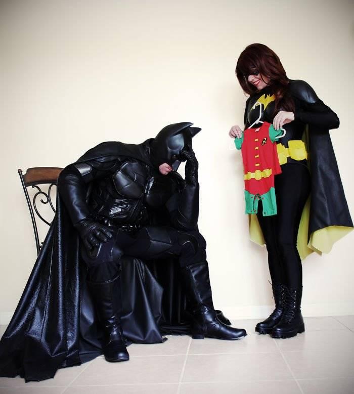 batmanbatwomanpregnancyannouncementphotoocularis01158fdc0a1d41f6700.jpg