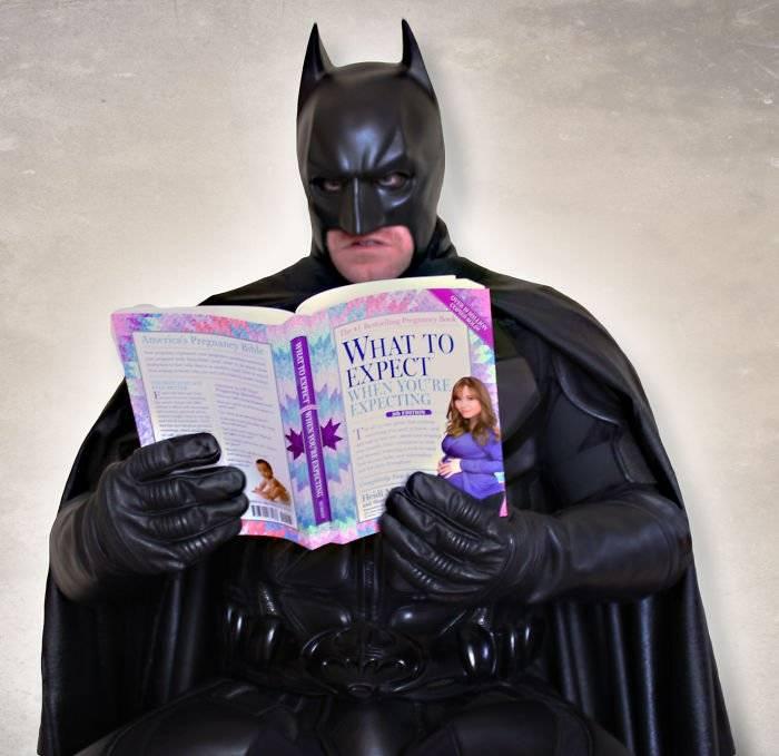 batmanbatwomanpregnancyannouncementphotoocularis01358fdc0a908bbe700.jpg