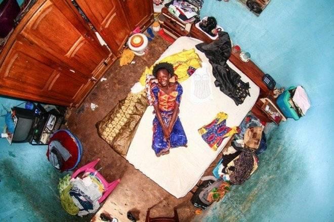 bedroomsaroundworldmyroomprojectjohnthackwray1657fb381cee504jpeg880660x650.jpg