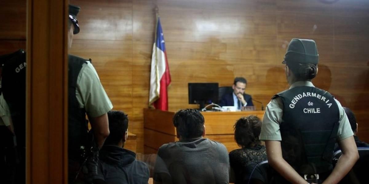"""Secuestro de niña de 10 años en Rancagua: matrimonio recibió """"por el trabajo"""" una bolsa de pasta base"""