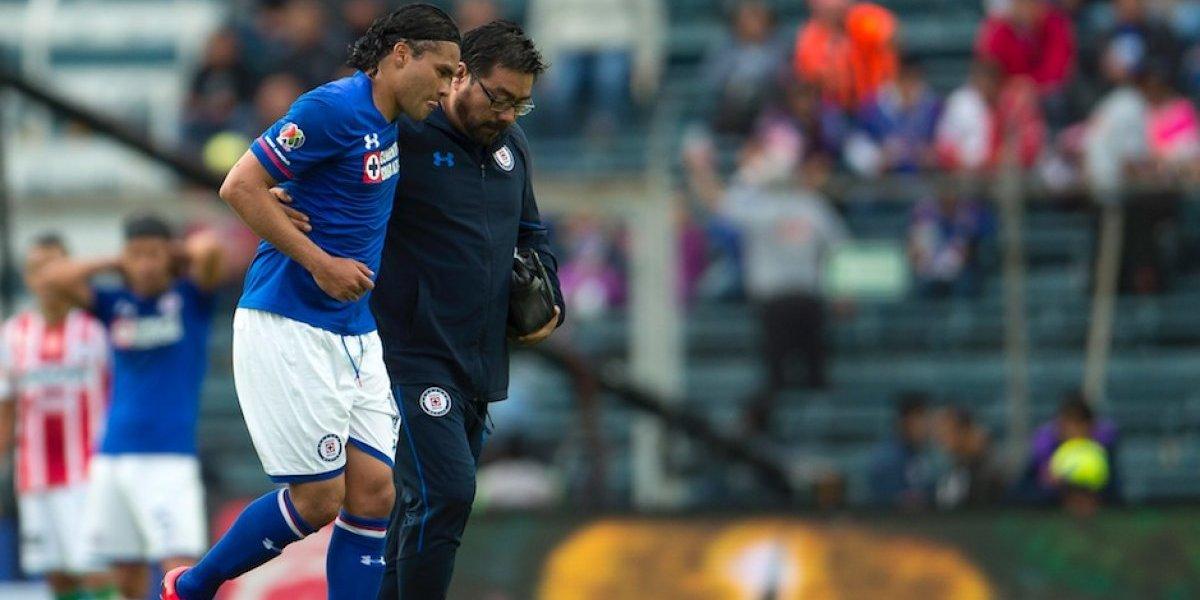 'Gullit' Peña será baja por dos semana con Cruz Azul