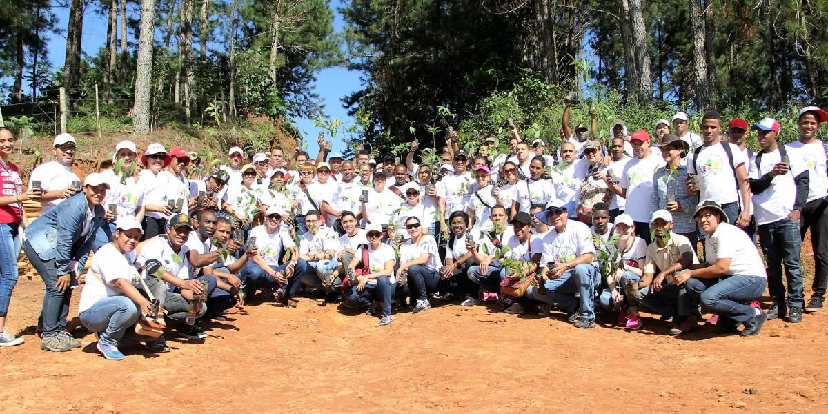 #TeVimosEn: Helados Bon planta árboles en reserva científica