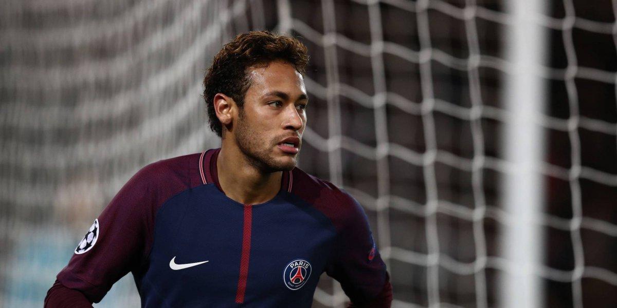 Neymar Jr. se desnuda y enciende las redes sociales