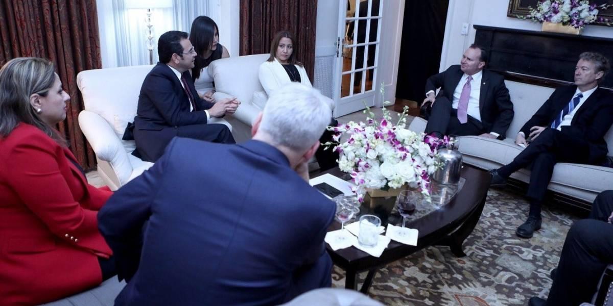 Primera Dama viajó a EE. UU. para acompañar al Presidente Morales, explica vocero