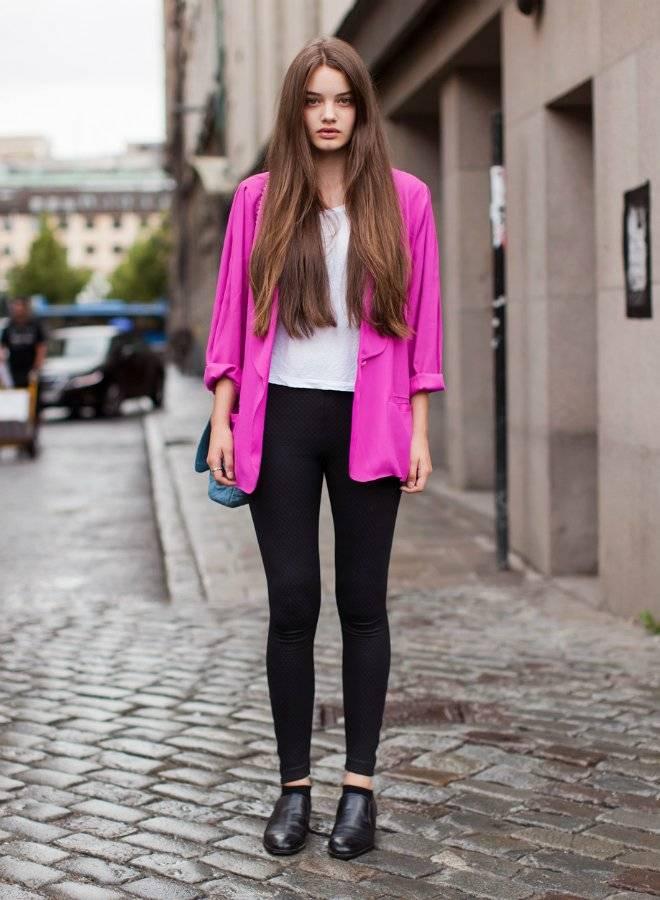 pinkblazercolorpopstreetstyle.jpg