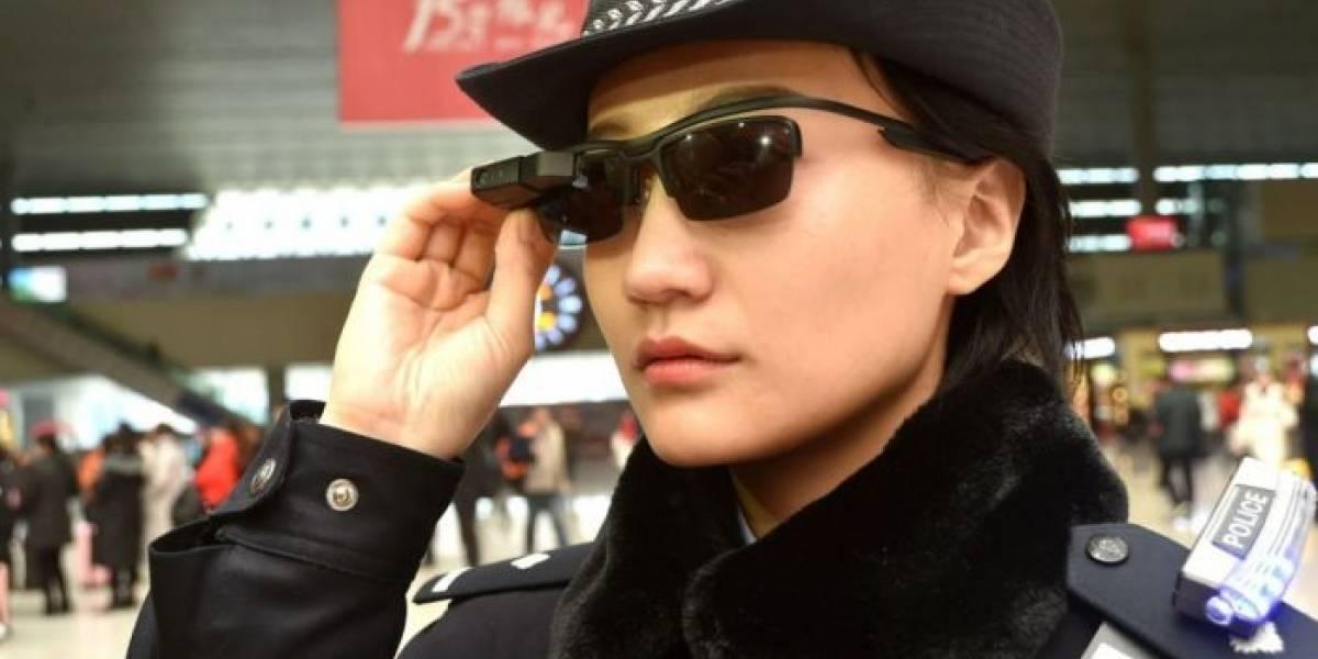 Policía china ya usa lentes inteligentes con reconocimiento facial