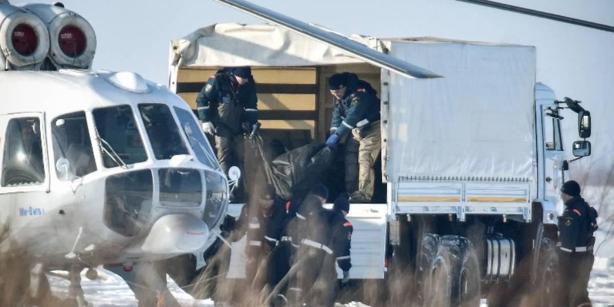 Rusia analiza las posibles causas del accidente aéreo que dejó 71 muertos