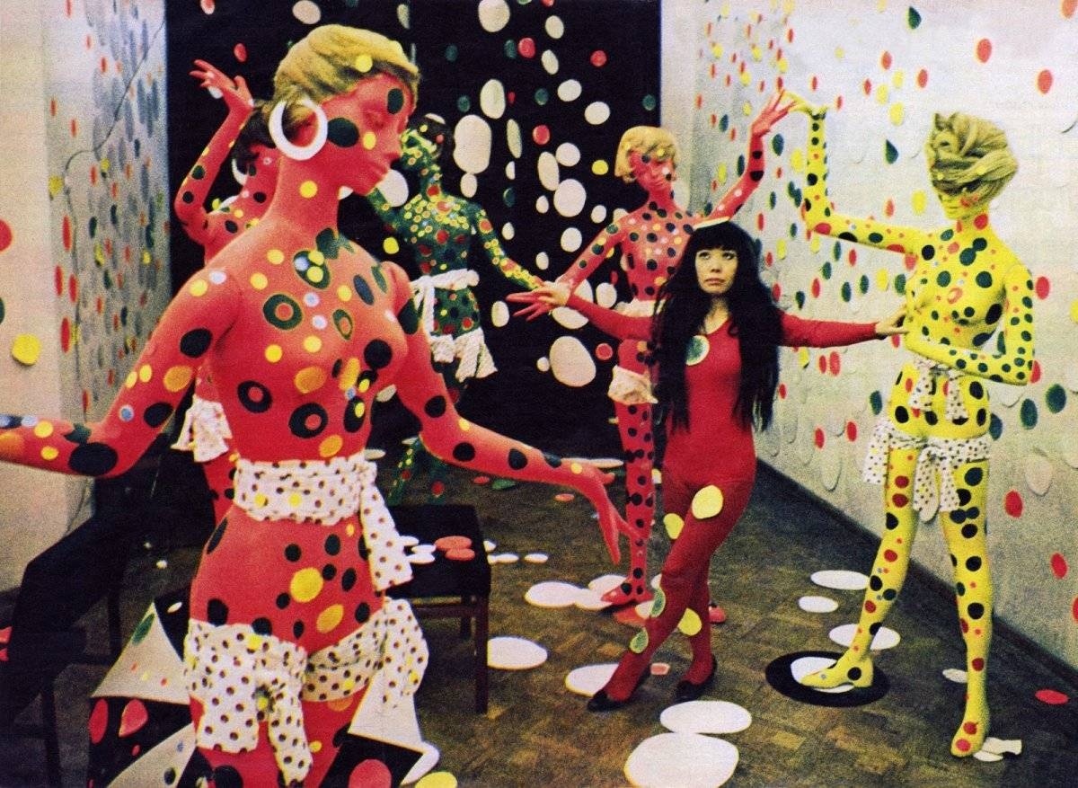 yayoikusamapolkadotloveroominstallatiegalerieorezdenhaag19676.jpg