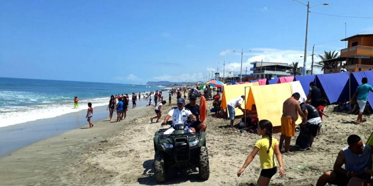Esmeraldas y Manabí registran baja de turistas