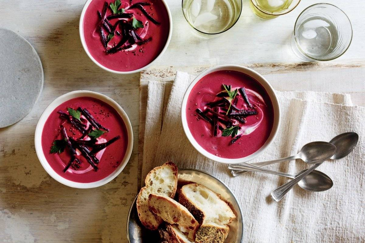 51188420beetgingercoconutsoup.jpg