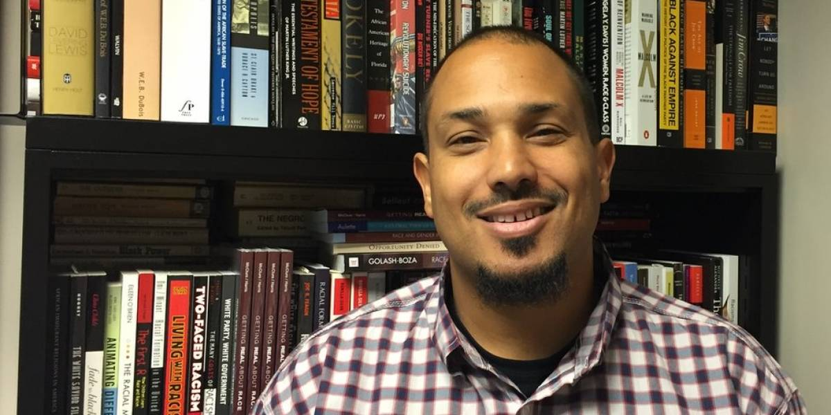 O professor americano que diz que só brancos podem ser racistas - e dá aulas sob escolta policial