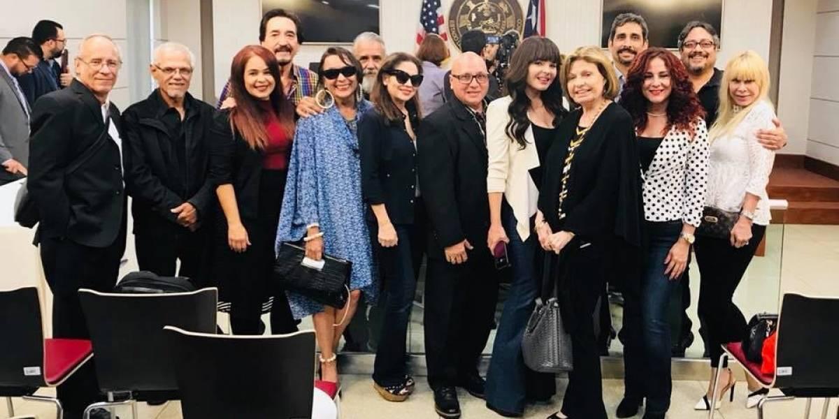 Grupo de actrices, actores y guionistas, pide ayuda