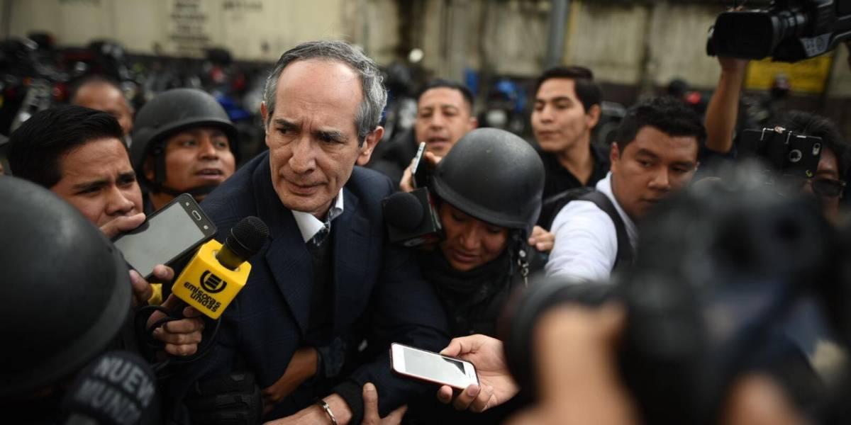 Así titularon los medios internacionales la captura del expresidente Colom