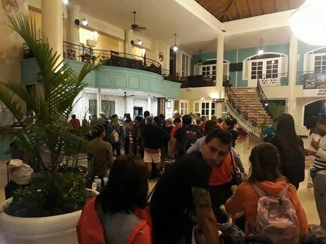Pasajeros varados en Dominicana